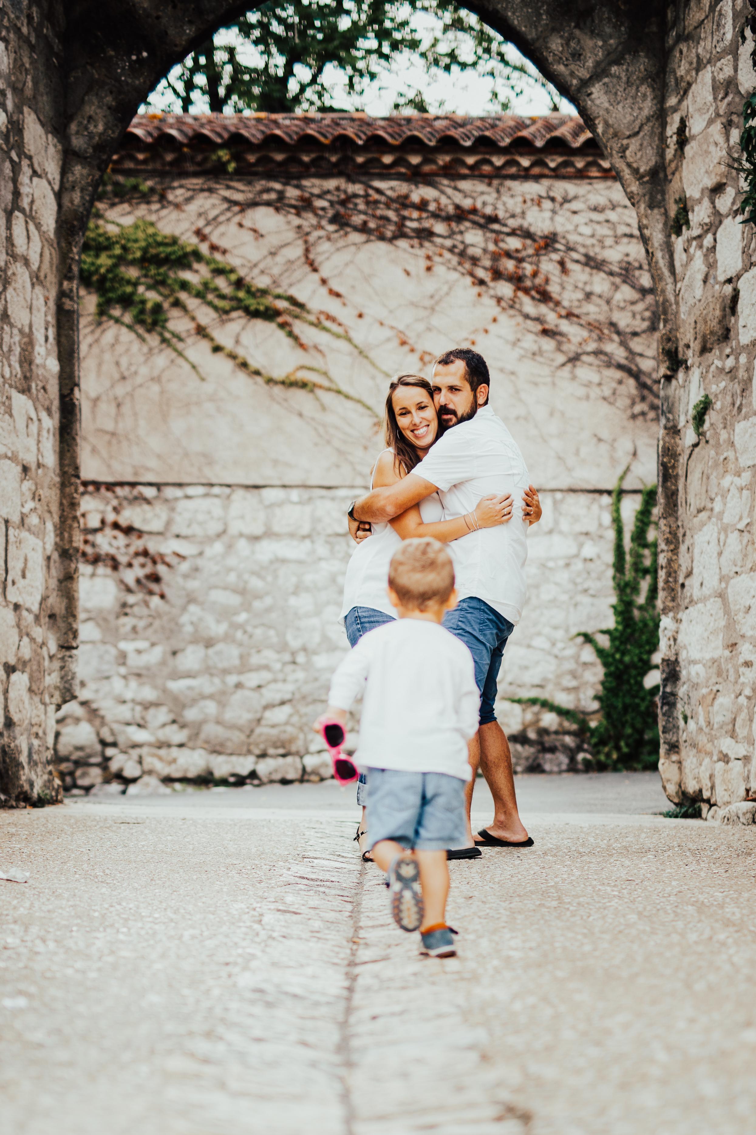 Photographe famille grossesse bébé shooting lifestyle bordeaux gironde guadeloupe famille